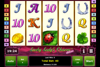 Lady Lucky's Charm Mobile Slot Screenshot