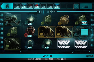 Aliens Touch Mobile Slot Screenshot