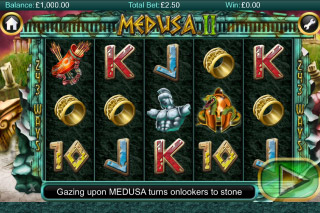 Medusa II Mobile Slot Screenshot