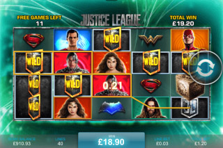 Justice League Mobile Slot Aquaman Free Spins