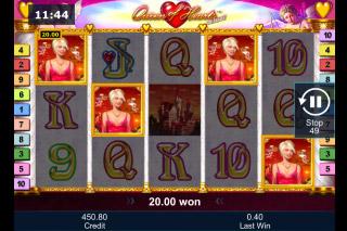 Queen of Hearts Deluxe Mobile Slot Scatters